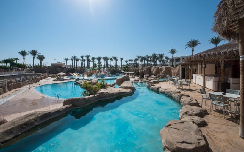 Reef-Oasis-Beach-Resort-Aqua_08-min